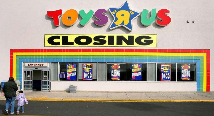 toys-r-us-closing-1